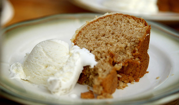 Cinnamon Brown Sugar Bundt Cake with Bourbon Glaze with Smoked Ice Cream